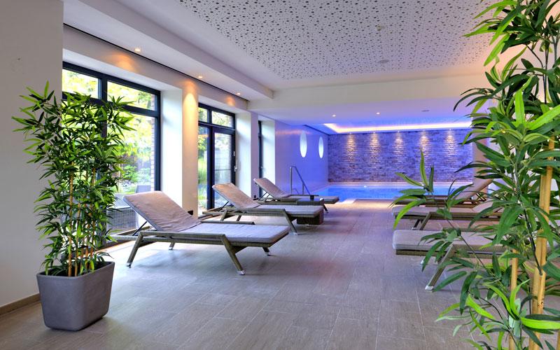Wellness mit Pool und Sauna
