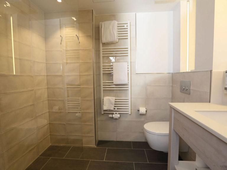 Komfortzimmer zur Südseite Badezimmer