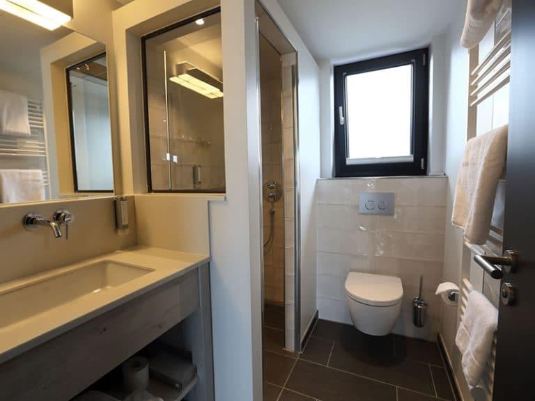Kapitän Suite Badezimmer