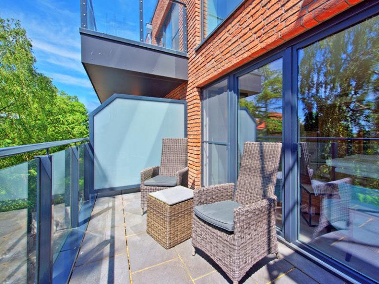 balkon-komfortzimmer-suedseite-klassisch-2021
