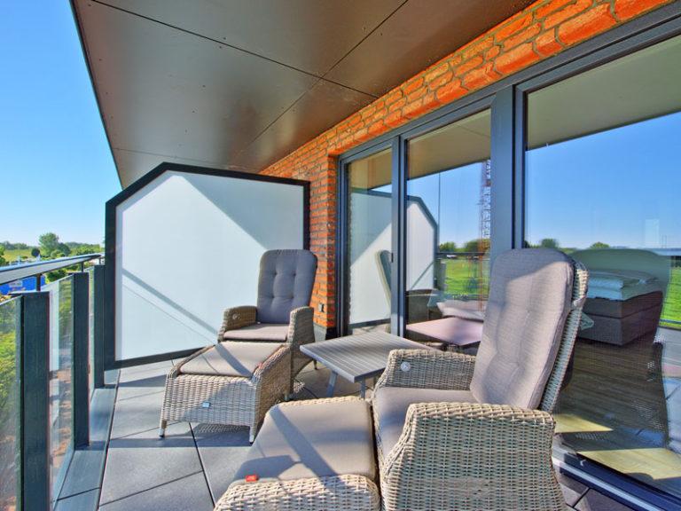 balkon-mit-elbblick-elbpanorama-2021