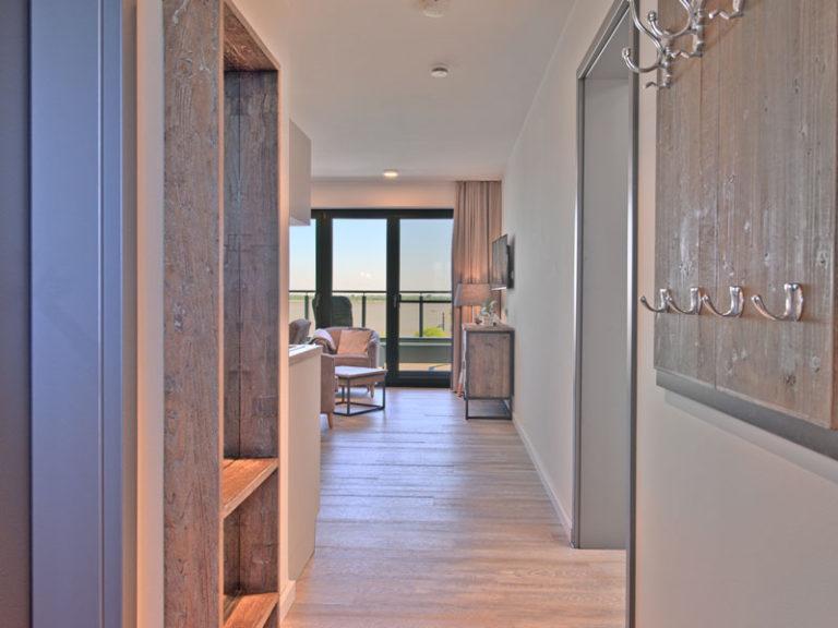 flur-hotelzimmer-offizier-suite-2021