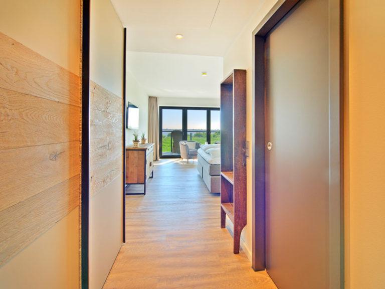 flur-komfortzimmer-elbblick-neu-2021