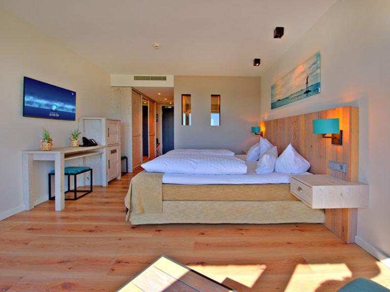 hotelzimmer-komfortzimmer-elbblick-klassisch-2021