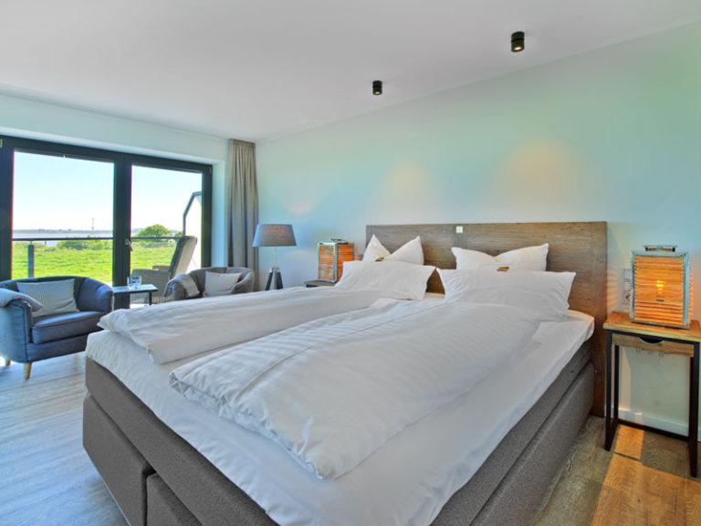 hotelzimmer-mit-elbblick-elbpanorama-2021