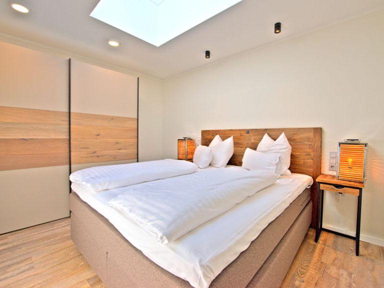 schlafzimmer-2-offizier-suite-2021
